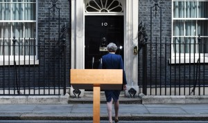 Γιατί η Μέι προκήρυξε πρόωρες εκλογές;