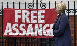 Η Σουηδία αποσύρει τις κατηγορίες εναντίον του Ασάνζ για βιασμό
