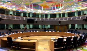 Σχέδιο απεμπλοκής για χρέος με «πακέτο ανάπτυξης» και εγγυήσεις σε ΕΚΤ