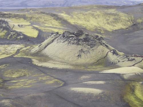 35433-laki-volcano-iceland-500x375