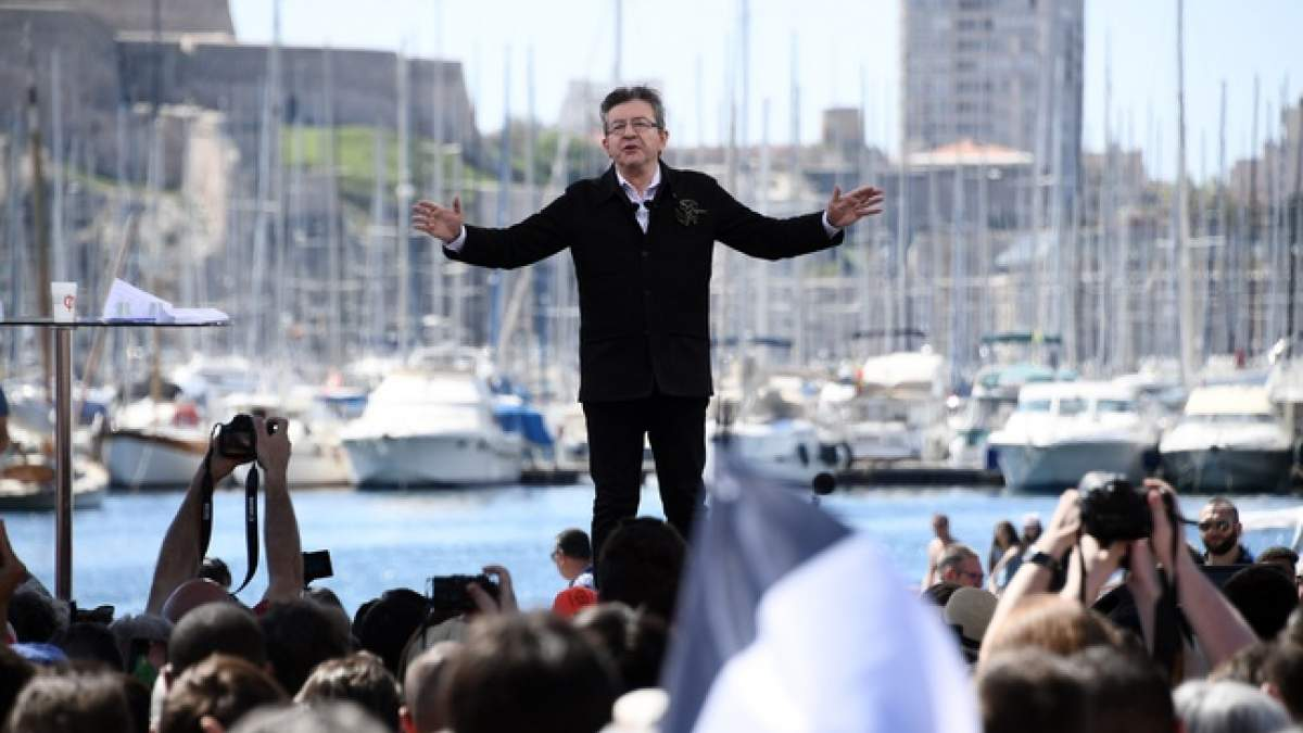 http://im1.7job.gr/sites/default/files/imagecache/1200x675/article/2017/15/224869-648x415_jean-luc-melenchon-lors-meeting-vieux-port-9-avril-2017.jpg
