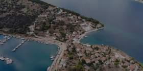 Το μοναδικό κατοικημένο νησί του Κορινθιακού