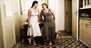 Κριτική Θεάτρου: «Δύο γυναίκες χορεύουν» του Ζουζέπ Μαρία Μπενέτ ι Ζουρνέτ στο Θέατρο «Ιλίσια – Βολανάκη»