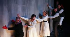 «Ο Βίος του Γαλιλαίου» του Μπέρτολτ Μπρεχτ στο Εθνικό Θέατρο (Κτίριο Rex/ Σκηνή «Μαρίκα Κοτοπούλη»)