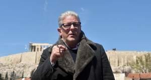 Ο Γιαν Φαμπρ απαντά στους Έλληνες καλλιτέχνες