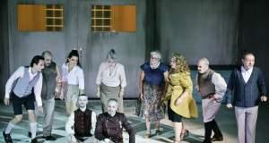Tvxs Κριτική Θεάτρου: «Αντιγόνη» του Ζαν Ανούιγ στο Θέατρο «ΡΕΞ» (Φεστιβάλ Αθηνών)