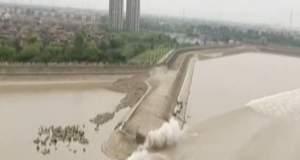 Κίνα: Tο μεγαλύτερο παλιρροϊκό κύμα σε ποταμό [ΒΙΝΤΕΟ]