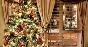 Viral το χριστουγεννιάτικο δέντρο από τη Θεσσαλονίκη που κοστίζει έναν μισθό - Δείτε το
