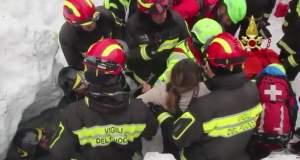 Τέσσερα παιδιά σώθηκαν από τα παγωμένα συντρίμμια του ξενοδοχείου στην Ιταλία