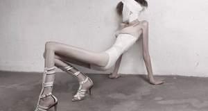 Δεκάδες μοντέλα καταγγέλλουν: η βιομηχανία μόδας μας οδηγεί στην ανορεξία
