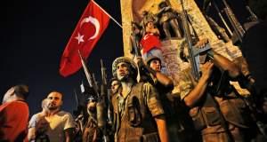 Ο Ερντογάν δημιουργεί έναν παράλληλο στρατό με οπαδούς του