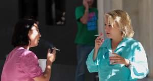 Η Ελλάδα τρίτη χώρα στον κόσμο σε ποσοστό γυναικών καπνιστριών