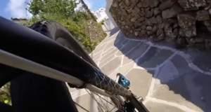 Μια απίθανη ποδηλατάδα στις Κυκλάδες [ΒΙΝΤΕΟ]