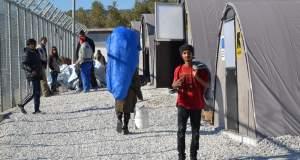 Μυτιλήνη: Συνεχίζουν για τρίτη ημέρα την απεργία πείνας οι 12 Σύροι πρόσφυγες