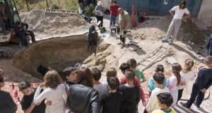 Μυκηναϊκός τάφος με εντυπωσιακά κτερίσματα αποκαλύφθηκε στη Σαλαμίνα