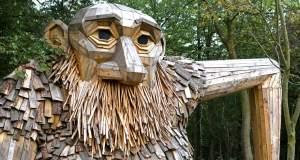 Τι κάνουν έξι ξύλινοι γίγαντες κρυμμένοι στα δάση της Κοπεγχάγης; [ΦΩΤΟ+ΒΙΝΤΕΟ]