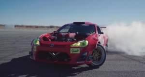 Τι προκαλεί σε ένα Toyota ένας κινητήρας Ferrari; [ΒΙΝΤΕΟ]