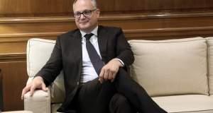 Ο Γκουαλτιέρι καλεί τα ελληνικά κόμματα σε «συνεννόηση με φόντο τις θετικές εξελίξεις»