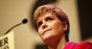 Κάνει πίσω η Στέρτζον για το νέο δημοψήφισμα ανεξαρτησίας της Σκωτίας
