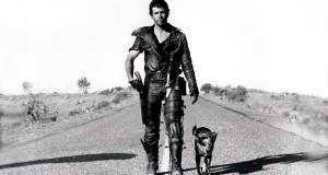 Ο Μελ Γκίμπσον είναι ο θρυλικός «Εκδικητής Πέρα Από το Νόμο» στο cult «Mad Max 2» του Τζορτζ Μίλερ