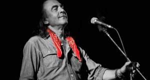 «Αύγουστος» του Νίκου Παπάζογλου: Η ιστορία του τραγουδιού