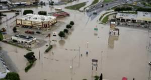 Ο καπιταλισμός «πλημμύρισε» στο Χιούστον
