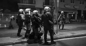 Διεστραμμένοι αστυνομικοί εναντίον ανήλικων