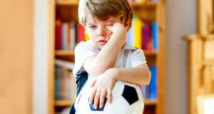 Όταν τα παιδιά «κλαίνε» για να πετύχουν κάτι. Τι κάνουμε;