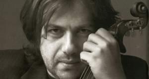 Ο Μάνος Πυροβολάκης σε «Ερμηνείες Γυμνές»
