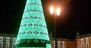 Τα πιο εντυπωσιακά χριστουγεννιάτικα δέντρα του 2017