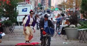 Ο Αλαντίν με το… χαλί του στους δρόμους της Νέας Υόρκης [ΒΙΝΤΕΟ]