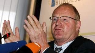 Πρώην πρόεδρος της Bundesbank: Πρέπει να γίνει  ελάφρυνση του ελληνικού χρέους