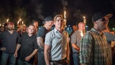 Πατέρας αποκηρύσσει δημόσια τον λευκό εθνικιστή γιο του: Όσο μισείς δεν είσαι ευπρόσδεκτος