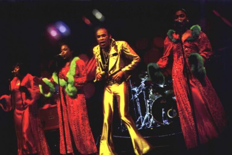 Οι Boney M στην τελετή λήξης του Πατρινού Καρναβαλιού