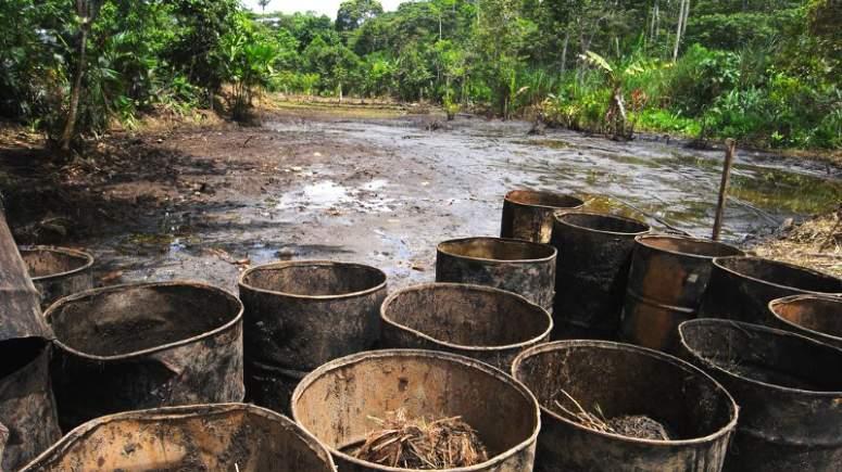 Αποτέλεσμα εικόνας για αμαζόνιος ιθαγενείς πετρέλαιο