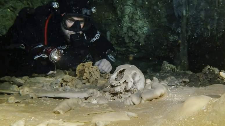 Εντυπωσιακές ανακαλύψεις στον τεράστιο λαβύρινθο των υποβρύχιων σπηλαίων [Βίντεο]