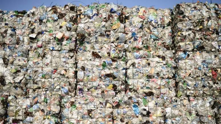 """Η Κίνα """"έκλεισε""""! Τι θα κάνει η Ευρώπη τα σκουπίδια της;"""